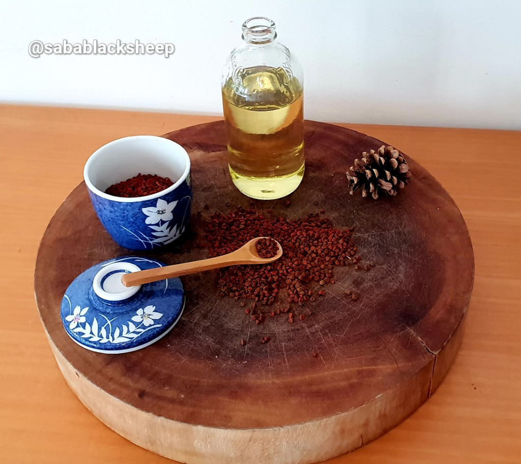 Annatto Seeds and Rice Bran Oil